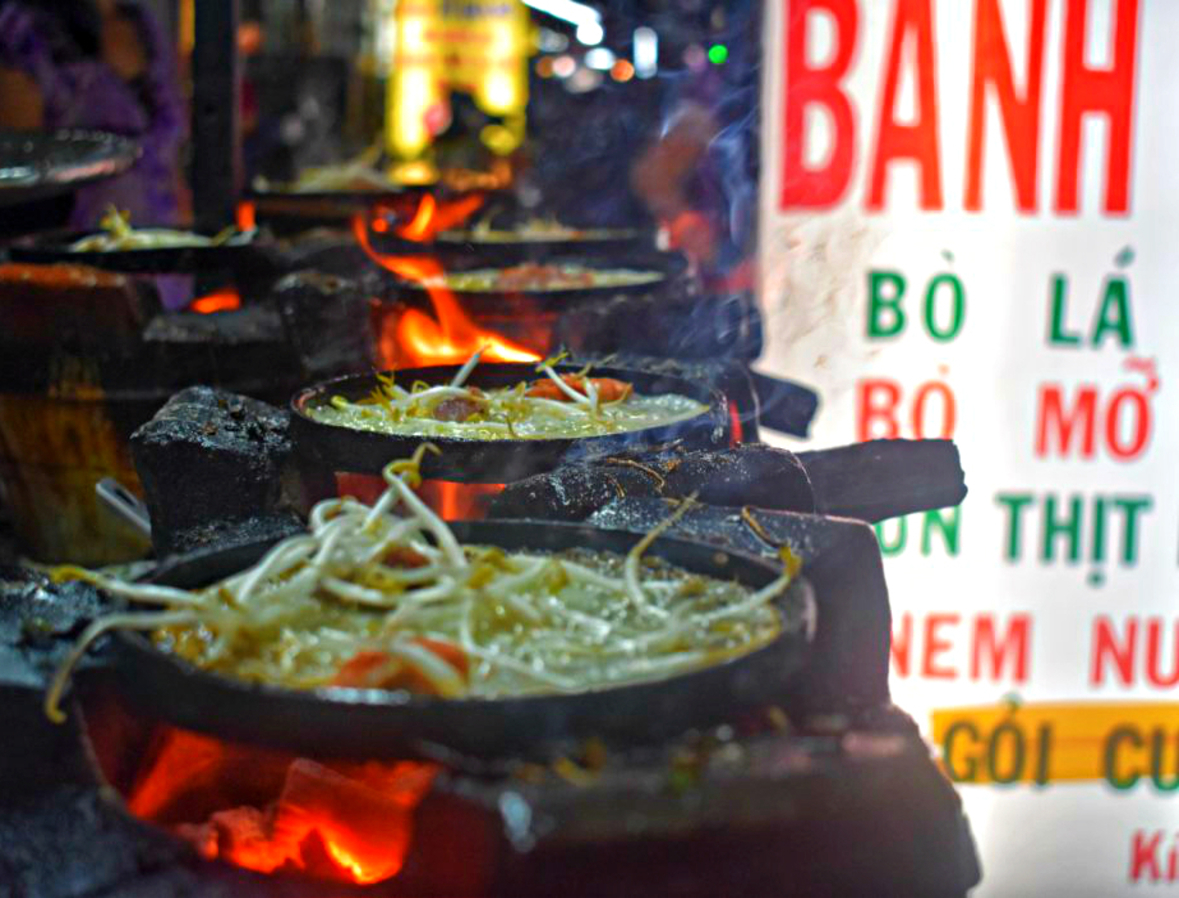 Touring Saigon's Street Food: How To Love Ho Chi Minh City | fork on the road